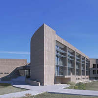 VTria Architects