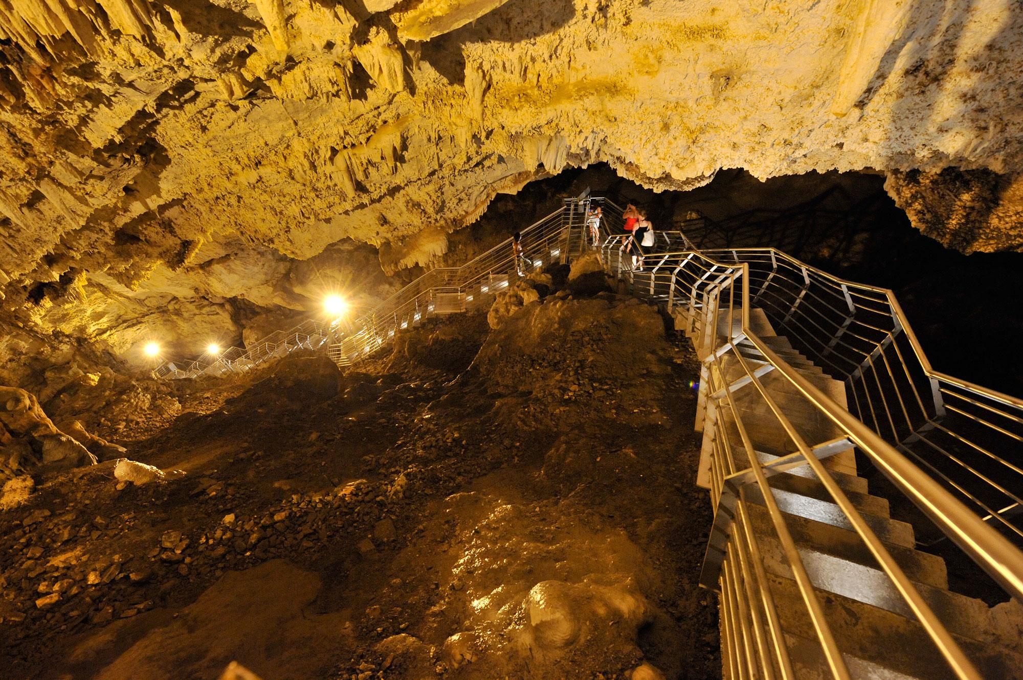 Μελέτη Αξιοποίησης Σπηλαίου
