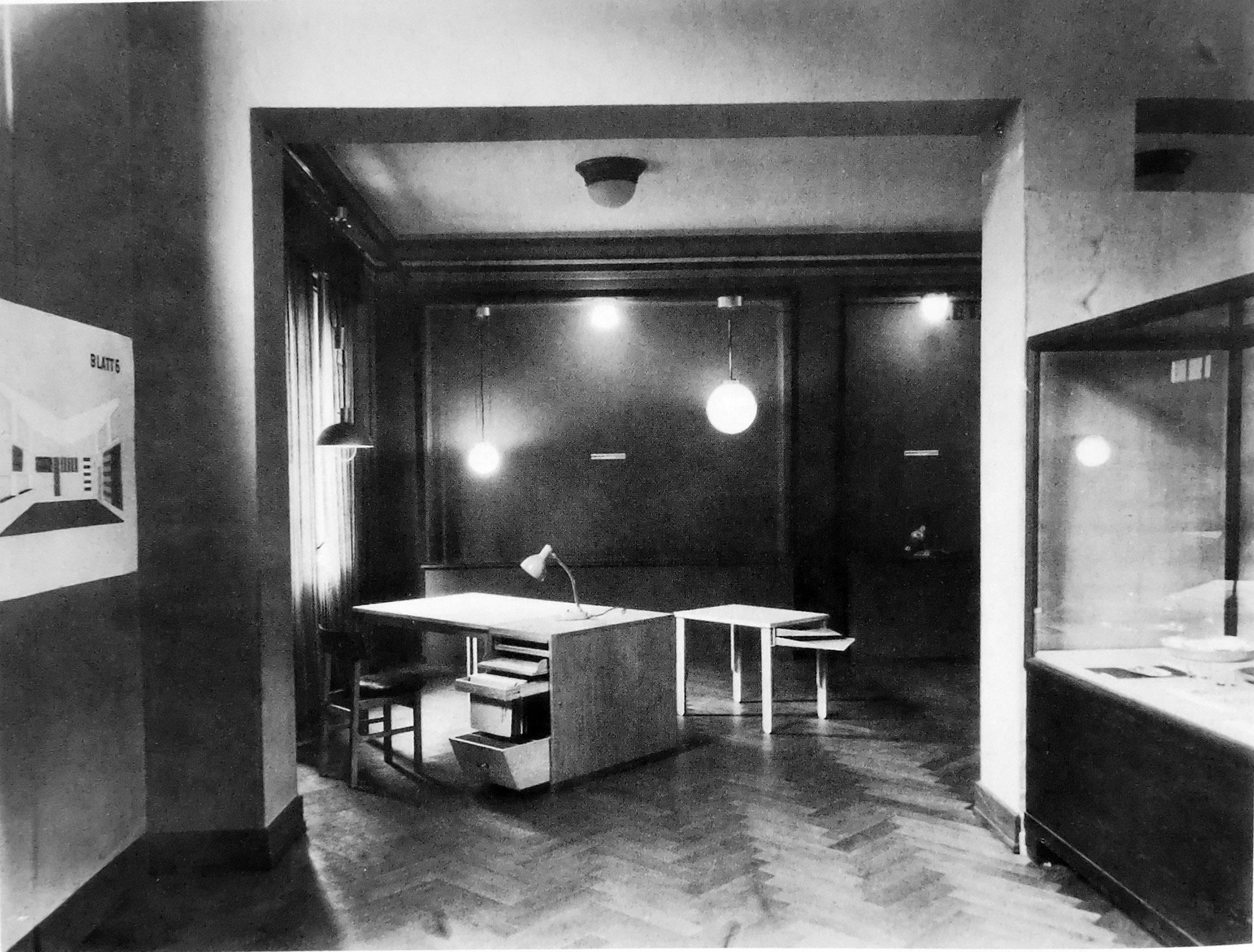 «Δέκα Χρόνια του Bauhaus»