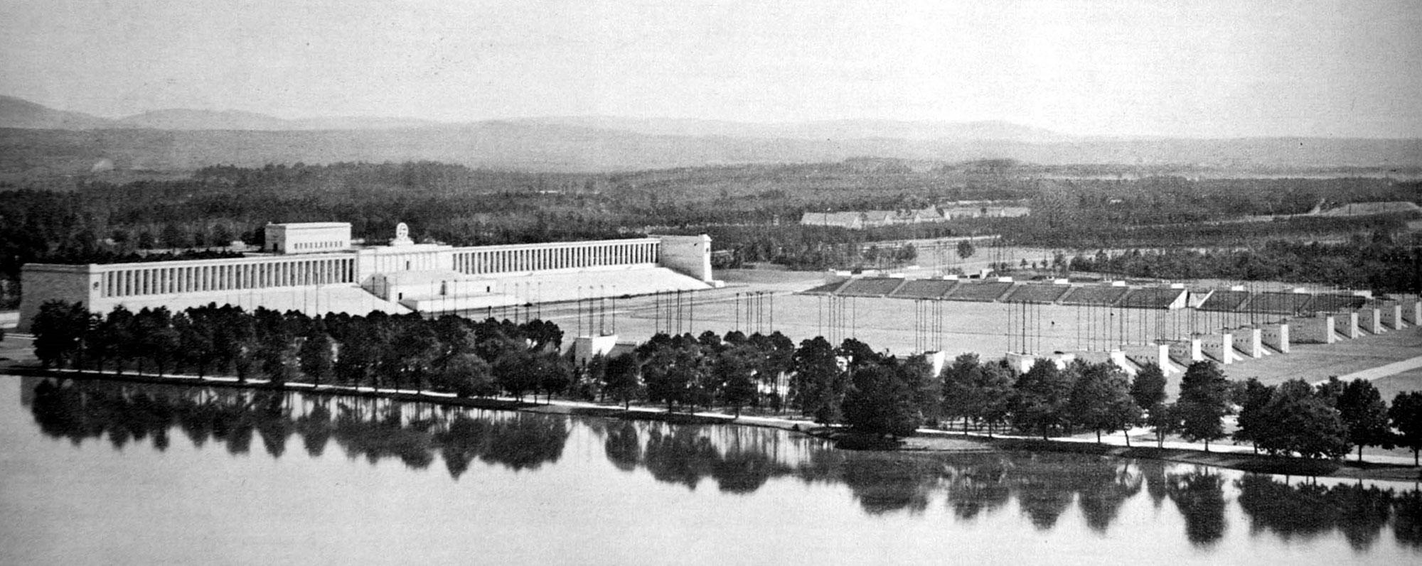 Εγκώμιο θανάτου: Η αρχιτεκτονική του ναζισμού