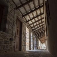 Κατοικία εντός βιομηχανικού κελύφους